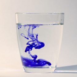 diluting ink in water shows how internal links weaken