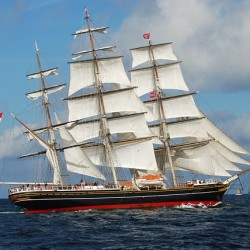 clipper ship sailing
